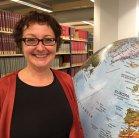 """Nicole (nh), FaMI in der Zentralbibliothek, schreibt über """"Gott und die Welt""""."""