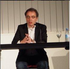 """Zu Gast bei uns am 23. April 2015: David Safier. Im Rahmen der """"jüdischen Kulturtage im Rheinland 2015"""" hat David Safier aus seinem Buch """"28 Tage lang"""" gelesen."""