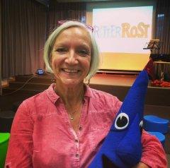 Zu Gast in der Kinderbibliothek der Zentralbibliothek am 10.09.2015: Patricia Prawit und Ritter Rost. In den Hörspielen leiht sie ihre Stimme dem Burgfräulein.