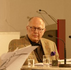 5.8.2015 Musik im Gespräch! In der Musikbibliothek. Interviewer Prof. Frankenberg