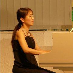 5.8.2015 Musik im Gespräch! In der Musikbibliothek Pianistin Miyuki Brummer