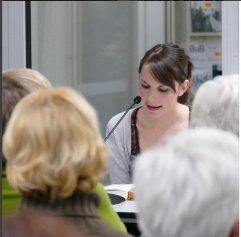 """Am 20.10.2015 in der Reihe """"Frisch gepresst"""" war Jenny Bünnig zu Gast in der Zentralbibliothek."""