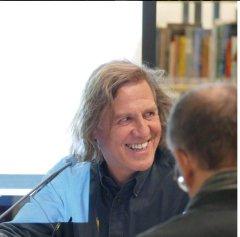 """Am 17.11.2015 war Norbert Scheuer zu Gast bei """"Frisch gepresst"""" in der Zentralbibliothek."""