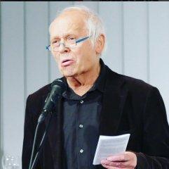 """Am 28.4.2016 war Peter Welk mit dem dritten """"Düsseldorfer Literaturkonzert"""" des Jahres Rezitator und Gast in der Zentralbibliothek."""