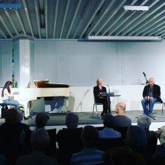 Die Schauspielerin Christiane Lemm, Konzertpianistin So-Young und Peter Welk waren am 9.6.2016 mit dem vierten Düsseldorfer Literaturkonzert Gast in der Zentralbibliothek.