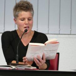 """Am 7.10.2016 war Svenja Flaßpöhler Gast in der Zentralbibliothek und hat aus ihrem Buch """"Verzeihen - Von der Kunst loszulassen"""" gelesen."""