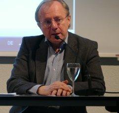 """Am 2.11.2016 war Manfred Mittermayer Gast in der Zentralbibliothek und hat in der Reihe """"Literarischer Schnellkurs"""" aus seinem Buch """"Thomas Bernhard. Eine Biografie"""" gelesen."""