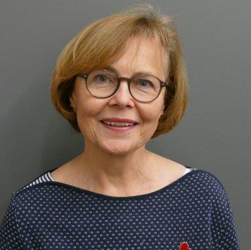 """Frau Dr. Hella Bartnig (Deutsche Oper am Rhein) war am 27.11.2018 Gast in der Musikbibliothek im Rahmen der Reihe """"Musik im Gespräch!""""."""